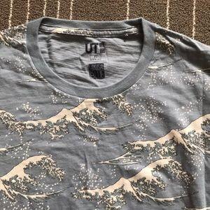 Cool Japanese waves shirt!